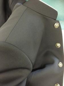 学生服 肩 プレス